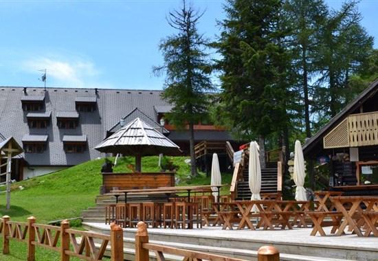 HOTEL KRVAVEC - LETNÍ POBYT - Krvavec - hory v létě