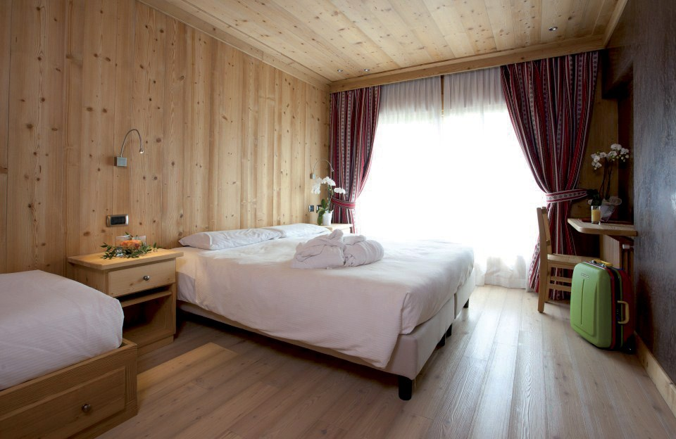 HOTEL FUNIVIA -