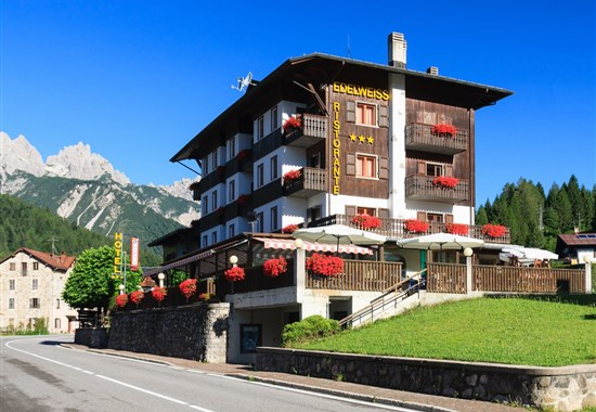 HOTEL EDELWEISS - LETNÍ POBYT - Forni di Sopra - letní Dolomity