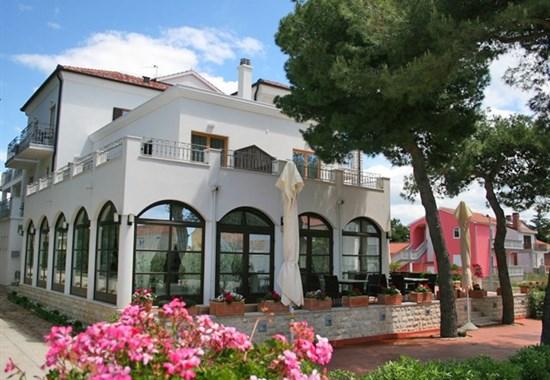 DEPANDANCE HOTELU NIKOLA - Severní Dalmácie - Vodice