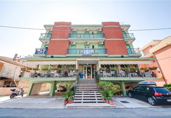 HOTEL KARIBA - Rimini