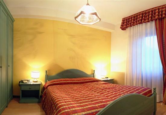 HOTEL SPARTIACQUE -