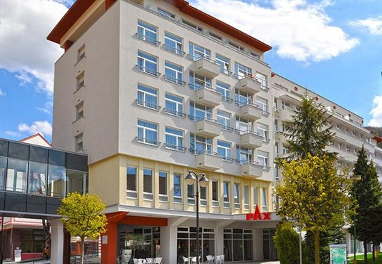 Trenčianské Teplice Hotel PAX lázně autobusem - Trenčianské Teplice